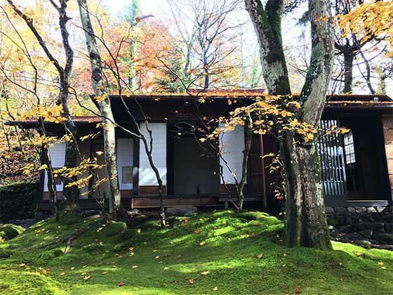軽井沢の別荘地にある「室生犀星旧宅」